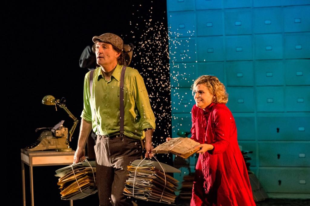 LA NENA DELS PARDALS (Companyia Teatre al detall)